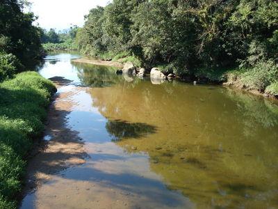 rio próximo a tagaçaba