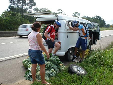 trocando pneu