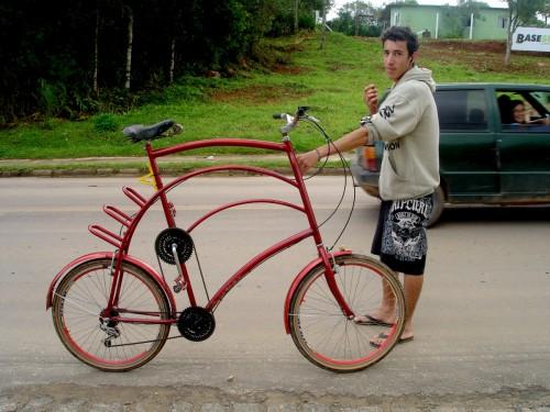Tall bicycle em Tijucas do Sul.