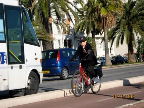 ciclista em Nice